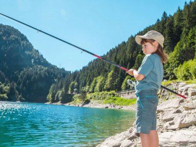 clean fishing reel